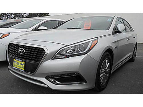 2016 HYUNDAI SONATA HYBRID SE only 29K miles Great mpg 17995 P2359012033 Only at WINN HYUND
