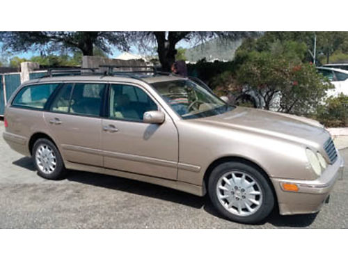 2000 MERCEDES-BENZ 320 Hatchback Leather seats fairly new tires roof rack Car is in good conditi