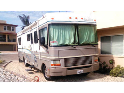 2000 FLEETWOOD BOUNDER 32 fully equipped wFord gas Triton V10 motor Banks Power Pack syst slee
