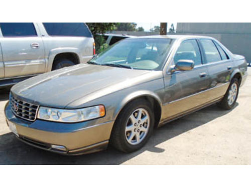 2004 CADILLAC SEVILLE 76K miles new tires looks  drives new 3895  tax  lic 215470 Call fo
