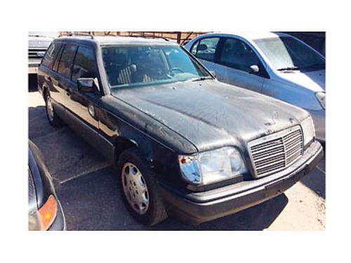 1990 MERCEDES-BENZ E320 Wagon 32L 6 Cyl gas engine auto trans COLD AC 3rd row seat for 7 passen