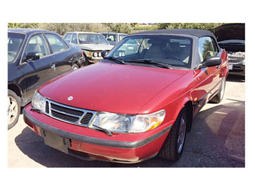 1998 SAAB 900 SE 20L Turbo 4cyl engine Has lots of power and gets great gas mileage Fully loaded