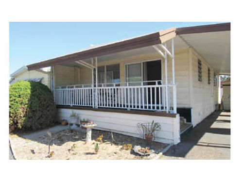 1963 20X36 720 sq ft home 2 bd1-34 ba Partly furnished new flooring new paint built-in d