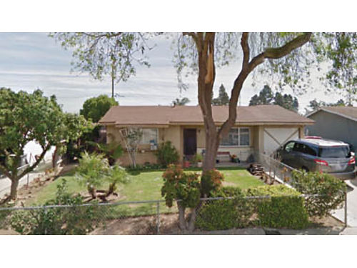 SANTA MARIA - 3 Bed 1 Bath Home Very large private lot garage clean property nicely landscaped