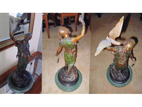 THE FALCONER Bronze statue 27 high x 10 at base 900 Ventura
