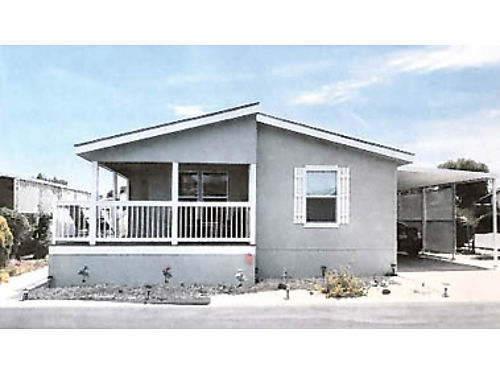 2015 CHAMPION 27x48 2 bd2 ba lounge room dining room kitchen w new appliances lots of upgr