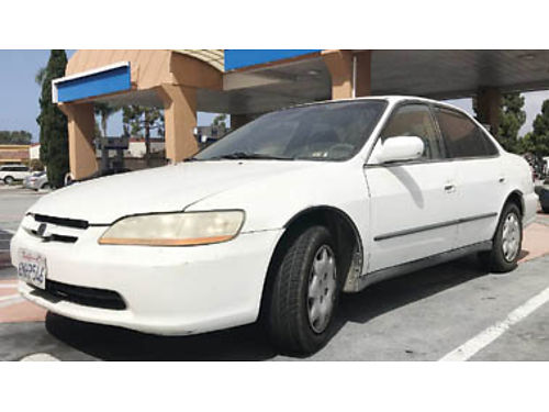 1998 HONDA ACCORD automatic 4 cylinder gas saver smog ready new battery good tires runs and l