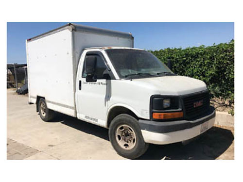 2004 GMC SAVANA BOX TRUCK in good cond no mechanical problems perfect cond to work no liquea nin