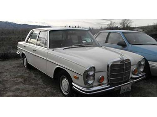 CLASSIC 1972 MERCEDES 280SE 45 4 door air Auto all orginal 134728 miles stored inside 650