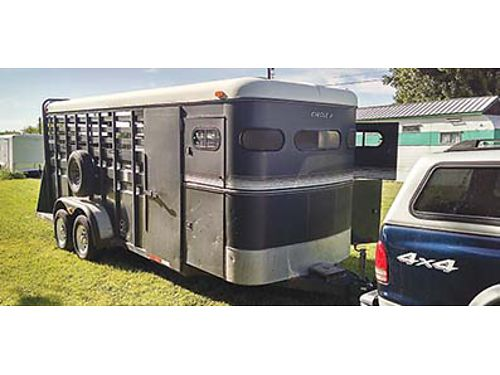 CIRCLE J LIVESTOCK trailer 20 divider inside large tack room very nice trailer rubber mats thr