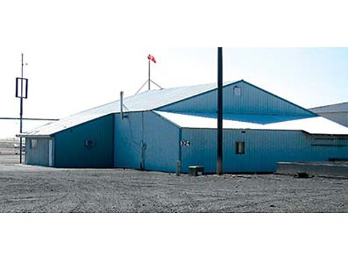 AIRPORT HANGAR At the Port of Ephrata 50x75 hanger with attached office bathroom shop area lof