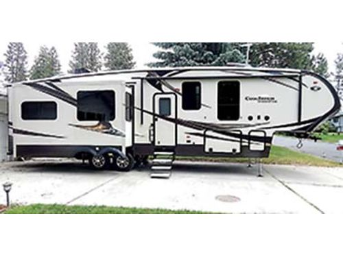 2017 BROOKSTONE Fifth Wheel by Coachman Model 325RLS unit is brand new 3 slides double fridge w