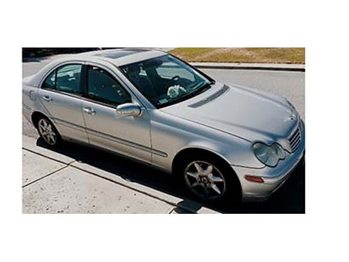 2003 MERCEDES BENZ C240 4 Matic leather interior automatic sunroof New timing belt  maintenanc