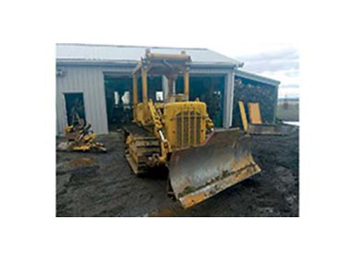 1973 83 J D4 D CAT Crawler power shift straight dozer could be made into a 6 way blade low hou