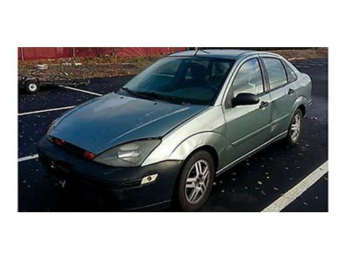 2003 FORD FOCUS New Battery 123000 miles dents on the car cracked on the window automatic 4 cy