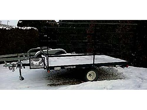 SNOW TRAILER 2004 Yacht with spare tire gas can rack like new Snowmobile trailer or ATV side