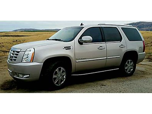 2007 ESCALADE 118K Miles leather int 3rd row seats navigation heated everything 18000 OBO Ca