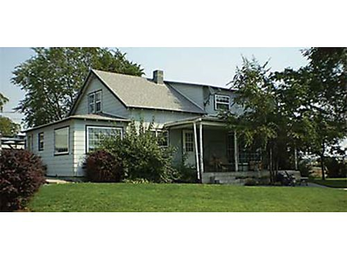 COUNTRY HOME MINI FARM 13738 Road 69 NE Moses Lake Five bedroom home on 15 - acres Home is n