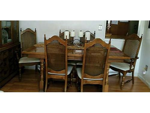 FORMAL DINING ROOM TABLE  6 chairs with two 12 leafs Very good condition 325 Call 406-544-815