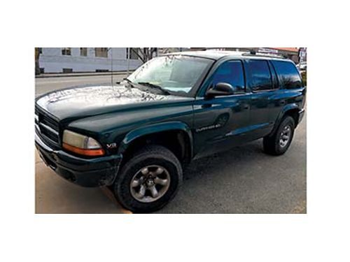 1999 DODGE DURANGO  4x4 automatic V8 8 passenger Works good 2300 OBO 509-264-5577