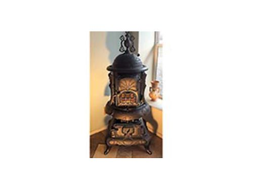 1907 CAST IRON Stove Excellent condition New barrel  windows 1500 509-737-8591 or 509-737-7150