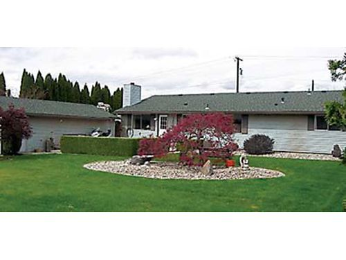NEW LISTING One Level 3bed175bath rambler in a private setting and a large fenced backyard on 28