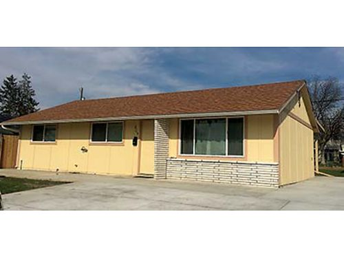609 S GRAND Reduced to 154900 3 bedroom home like brand new Flooring and kitchen totally remodel