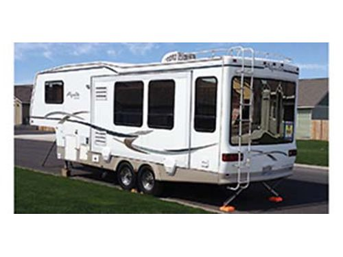 2001 ALPENLITE LIMITED 30 ft Spy glass model 1 slide out AC central vac New tires Very clean
