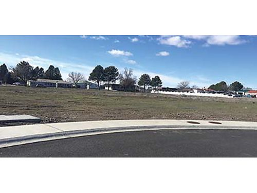 COMMERCIAL BUILDING LOT In newer Moses Lake professional development 637 acres paved improvement