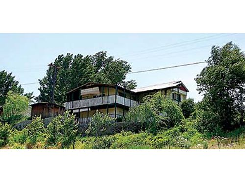 WONDERFUL VIEWS Enjoy the views from the deck of this 1244 SqFt manufactured home in Methow with