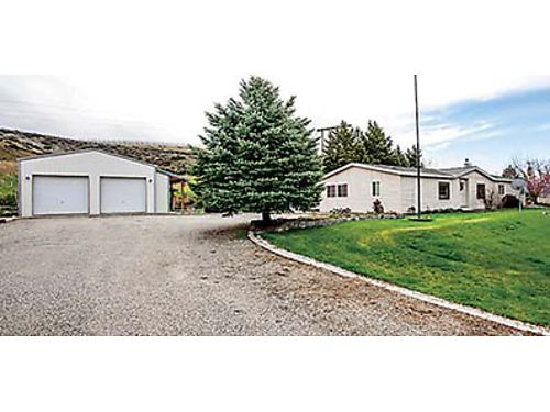 INCREDIBLE FIND This 1599 acres in Orondo comes with 3 bedroom manufactured home stick built moth