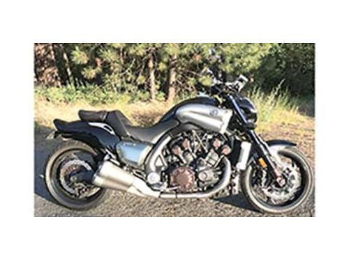 2009 YAMAHA VMAX 1700cc 2nd generation excellent condition 18000 miles very fast cruiser 80