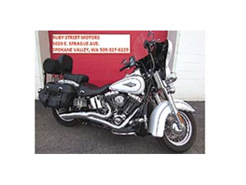 2013 HARLEY DAVIDSON HERITAGE SOFTTAIL CLASSIC FLSTC Over 5000 in add-ons Barely broken in only