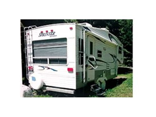 2004 SPRINTER 5th wheel 24ft AC dinette slide out excellent condition Used very little Queen