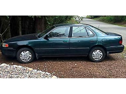 1996 TOYOTA Camry175k miles runs great strong motor would be a great dependable first car powe
