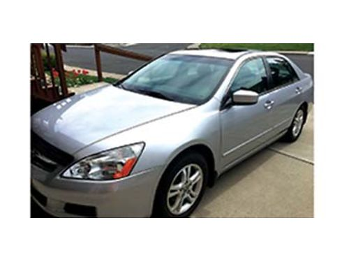 2007 HONDA Accord sedan leather interior sunroof 119k miles mostly hwy miles excellent conditio