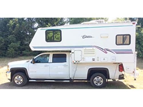 1999 CITATION 96 feet welectric jacks very clean carpeted gas electric refrigerator stove m