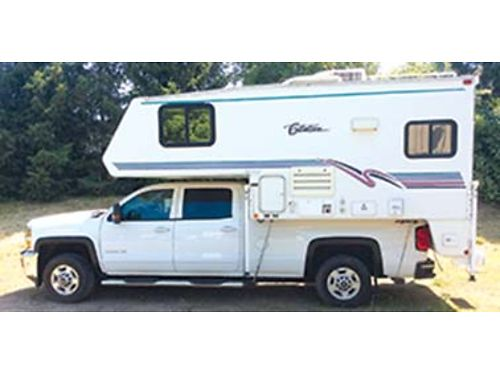 1999 CITATION 96 feet welectric jacks very clean carpeted gas electric refrigerator stove
