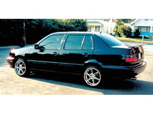 1995 VOLKSWAGEN Jetta great condition PW sunroof disc brakes CC AC new tires battery Giovan