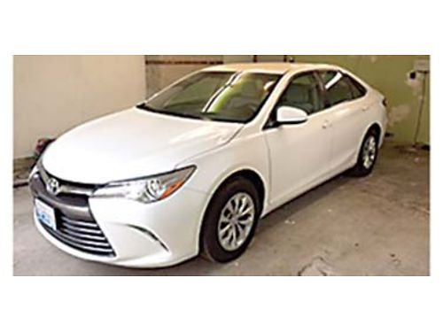 2015 TOYOTA Camry LE 4 door Sedan like new 39K miles automatic backup camera Price Reduced to