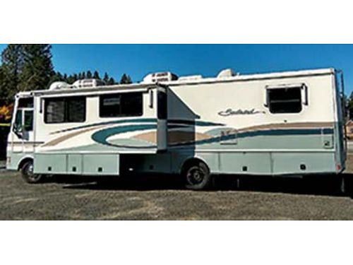 2001 SOUTHWIND R35 54247 miles Safe-T plus  Trac bar newer carpet awnings on all windows 2 sl