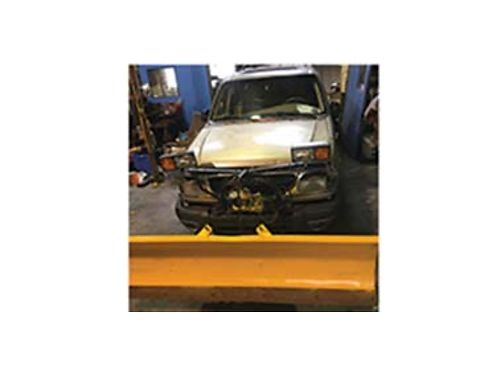 2000 FORD Explorer V8 auto transmission tow package leather interior power o