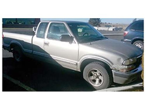 1998 CHEVROLET S10 178k miles 22 w MT Good MPG 2 WD daily driver 900 OB