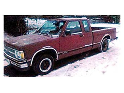 1992 CHEVROLET S-10 Extended Cab V-6 rebuilt head 5 speed new studded snow tires good condition