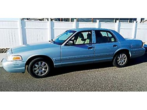 2006 FORD Crown Victoria LX very well cared for great cond inside and out fu
