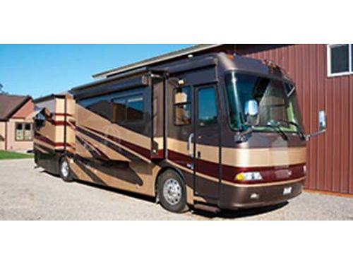 2005 MONACO Windsor 38 4 slides Cummins ISL 400hp Class A 36k miles nearly new tires have al