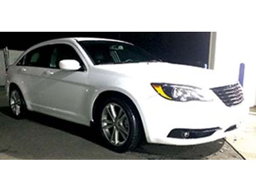 2014 CHRYSLER 200S 36 ltr exc condition 63k miles averages 32 mpg ABStra