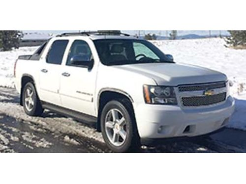 2008 CHEVROLET Avalanche LTZ Heated leather seats 4x4 118k miles nice condit
