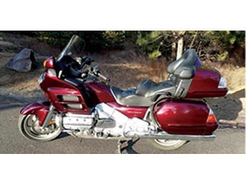 2008 HONDA Goldwing GL1800 premium audio excellent condition 18000 miles recent platinum servic