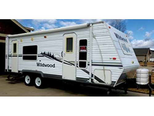 2006 WILDWOOD T25 by Forest River 1 bumpout  Awning 9500 OBO 509-821-2075